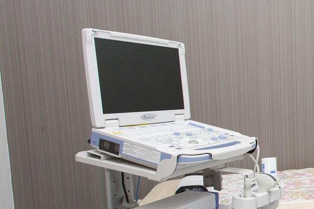 エコー:腹部エコー、頸動脈エコーの検査を行います。