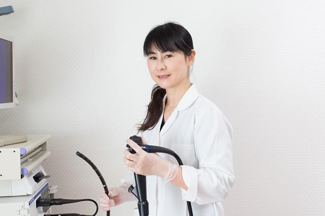 女医による胃カメラ検査
